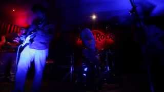 Try Live At Hard Rock Cafe New Delhi - theurbanearlymen ,