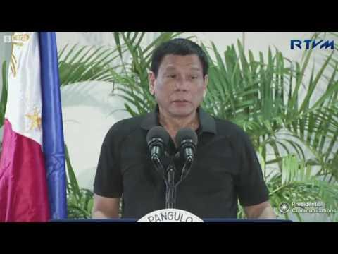 Tổng thống Philippines 'ví mình với Hitler'
