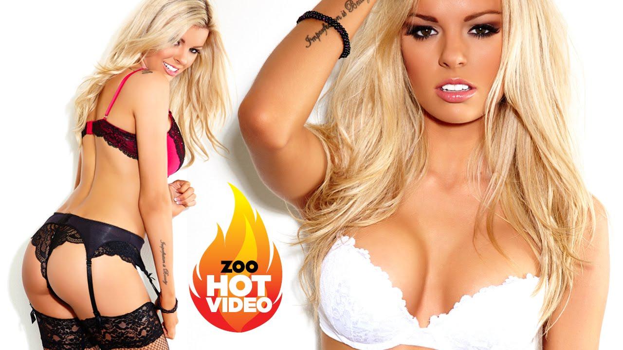 Aussie blonde Kimberley Hartnett shows off her stunning body in lingerie!