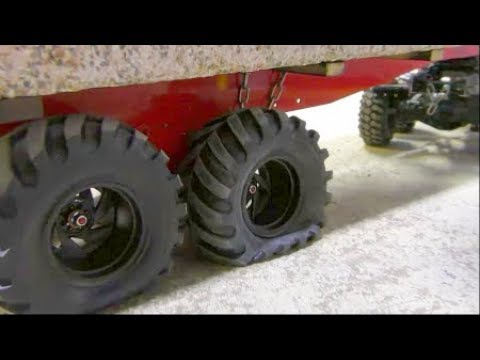 RC CRANE ACCIDENT! TO MUCH FOR THE LTM 1055 CRANE! COOL RC ACTION AND HEAVY LOAD! NEW 50t TRAILER - UCT4l7A9S4ziruX6Y8cVQRMw