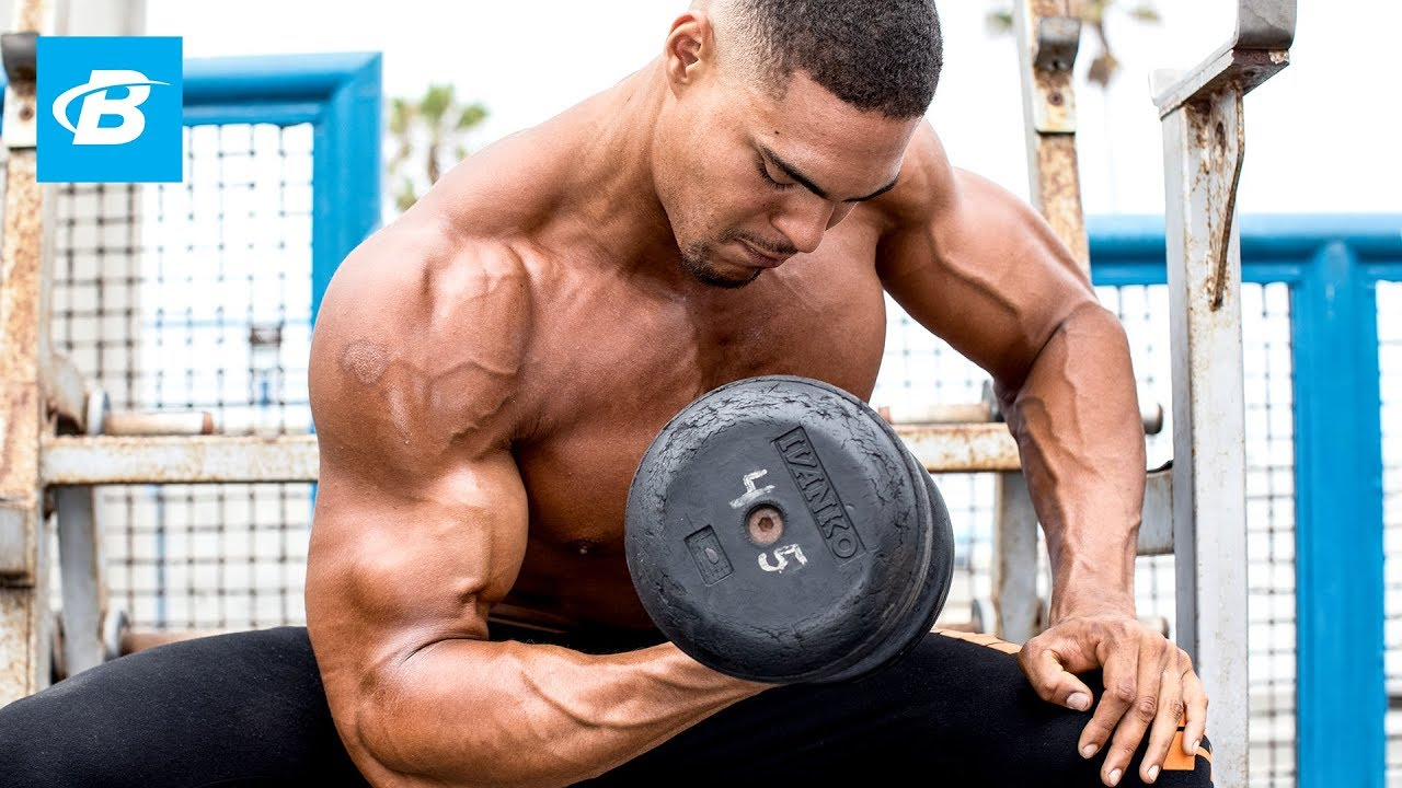 6'9″ ft Tall Bodybuilder Ike Catcher: Arm Workout