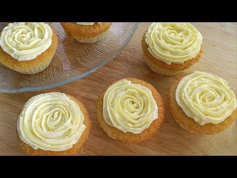 Vanilla Sponge Cupcakes [香草海绵杯子蛋糕] **