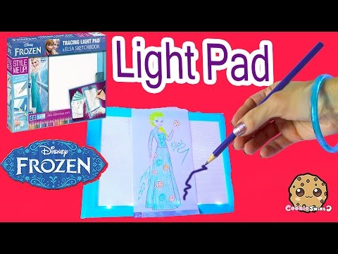 Disney Frozen Queen Elsa Tracing Light Up Pad Art Playset Kit Create and Draw - Cookieswirlc Video - UCelMeixAOTs2OQAAi9wU8-g