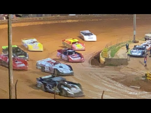 8/20/2021 Limited Late Models Lavonia Speedway - dirt track racing video image