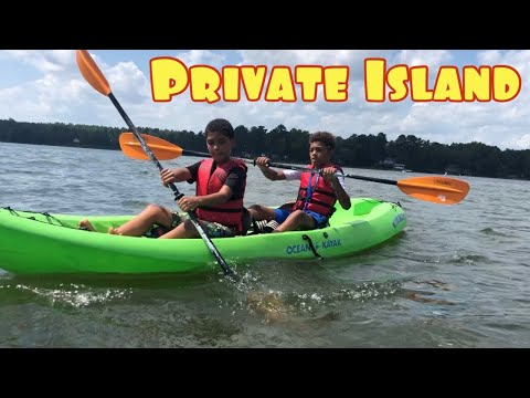 WE WENT TO A PRIVATE ISLAND ON KAYAKS!!! *Lake Wateree South Carolina Shaw AFB*