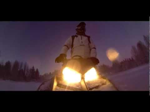 GoPro Hero 3 Black Edition - Carving at dusk - Snowmobile 2013 - 2.7K