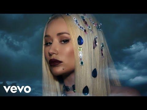 Savior (Video Lirik) [Feat. Quavo]