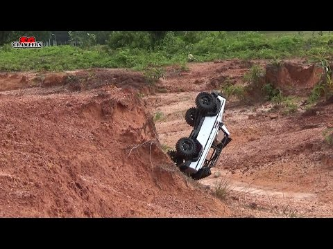 Scale RC Trucks Offroad Adventures Land Rover Defender 90 RC4WD Gelande 2 Axial SCX10 Jeep Wrangler - UCfrs2WW2Qb0bvlD2RmKKsyw