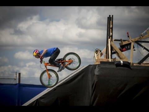The Athlete Machine | Red Bull Kluge - UCblfuW_4rakIf2h6aqANefA