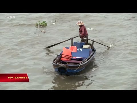 Truyền hình VOA 20/2/19: Cắt tóc miễn phí kiểu Trump, Kim tại Hà Nội