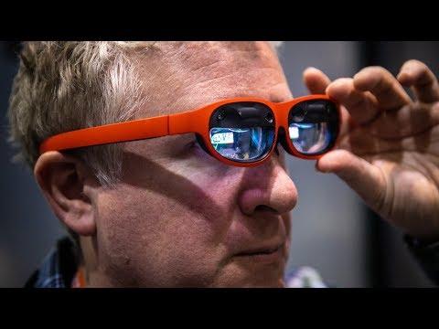 Hands-On: Nreal Light Augmented Reality Glasses! - UCiDJtJKMICpb9B1qf7qjEOA