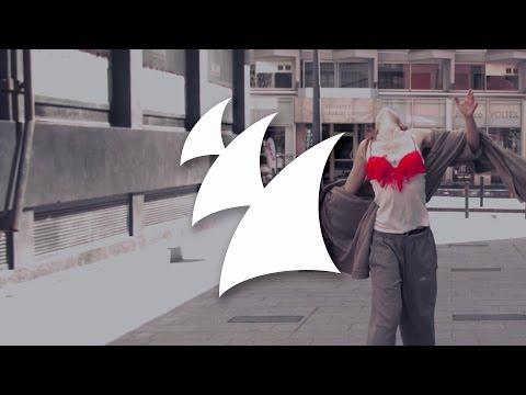 Luciana & Dave Audé - Yeah Yeah 2017 (Tom Staar Remix) [Official Music Video] - UCGZXYc32ri4D0gSLPf2pZXQ