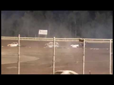 Hummingbird Speedway (9-4-21): Andy Man's Car Care Four-Cylinder Feature - dirt track racing video image