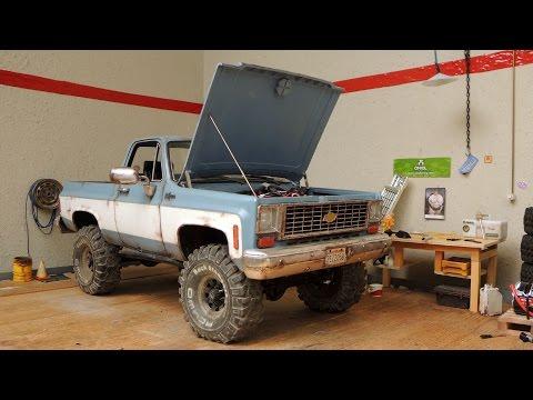 RC4WD Blazer - selfmade hood opener - UCfQkovY6On1X9ypKUr9qzfg