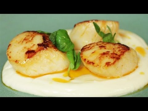 Seared Scallops With Chorizo Butter, Cauliflower Puree And Pea Shoots: Simply Gourmet - UCIEyVdmTUcAr2xvN-Wt_Fog
