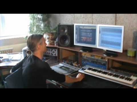 Chris Reece - The Divine Circle Studio Session - UCGZXYc32ri4D0gSLPf2pZXQ