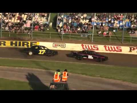 Streetstock racing can be about stirring as much as racing as Jono Lauder returns in the Merc to cause havoc amongst the racers - dirt track racing video image