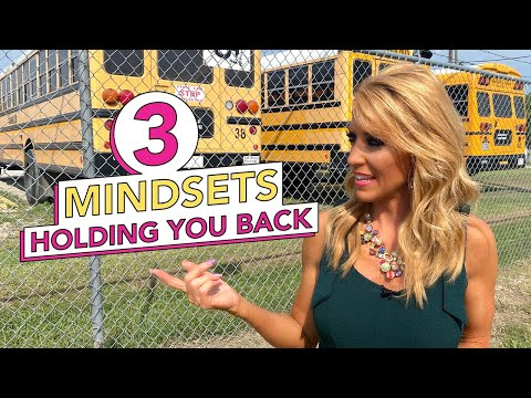 3 Mindsets Holding you Back  Everyone Deals with One