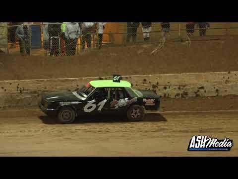 Open Sedans: A-Main - Archerfield Speedway - 05.06.2021 - dirt track racing video image