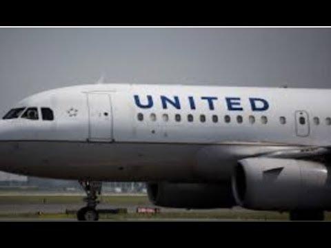 Breaking United Airline Flt 1897 5 Crew Members Hospitalized Strange Odor