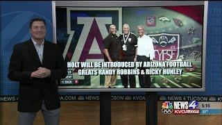 Popular Tucson youth coach & UA alum Julius Holt honored nationally