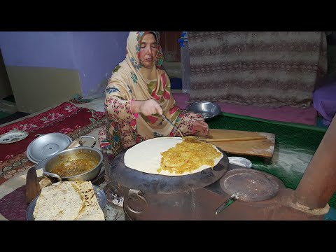 Shoroo Recipe - A Special kind Of Bread Which Center Fill With Potatoes Curry - By #SecretsOfGilgit