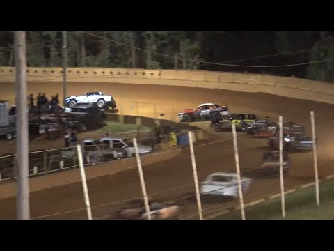 Stock V8 at Winder Barrow Speedway September 25th 2021 - dirt track racing video image