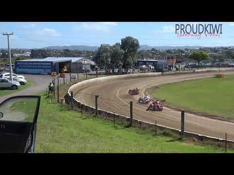 All of the races from the sidecars at the meeting held at Rosebank Speedway on Sunday 20 January 2019 - dirt track racing video image