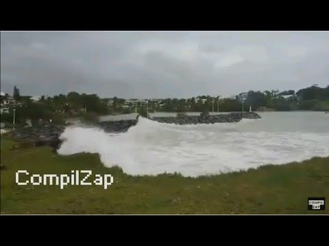 CompilZap | Guadeloupe The Hurricane Maria is coming ! On 09/18/2017