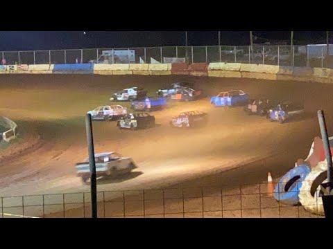 8/7/2021 Pro 4 Cherokee Speedway - dirt track racing video image