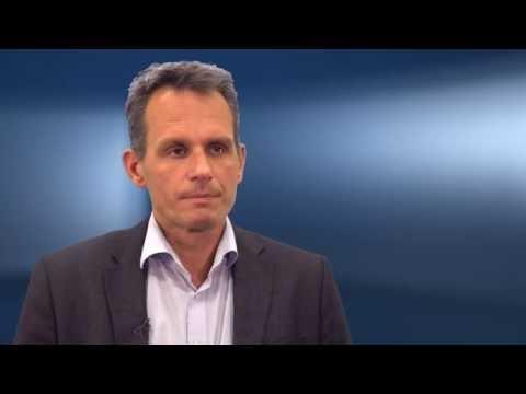 Prof. Dr. Dr. Hoffmann – Fehlt die Primärstabilität, muss augmentiert werden