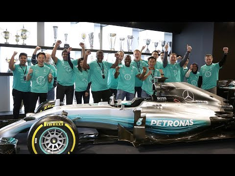 F1 Celebrations Vlog - From Malaysia to Brackley