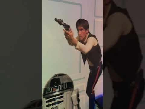 Video op YouTube: Star Wars toilet in Reykjavik Iceland