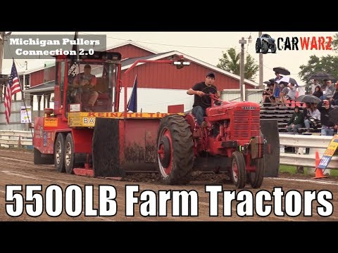 5500LB Farm Tractor Class At The TTPA Tractor Pulls In Standish Michigan 2018