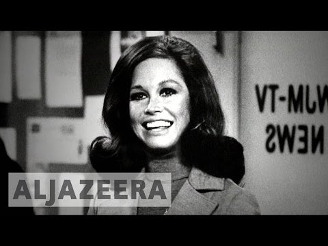Emmy award-winning actress Mary Tyler Moore dies aged 80