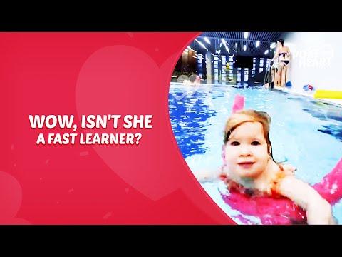 Dad Teaches Daughter To Swim