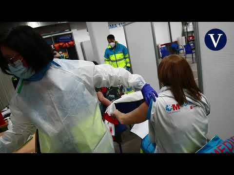 Vacunan a los sanitarios del SUMMA 112