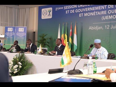 Cérémonie d'ouverture de la Conférence des Chefs d'État et de Gouvernement de l'UEMOA