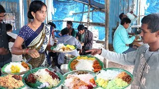 Hard Working Lady Selling Best Roadside Food Hyderabad   Chicken,Boti @ 70Rs   Veg @50 Rs only