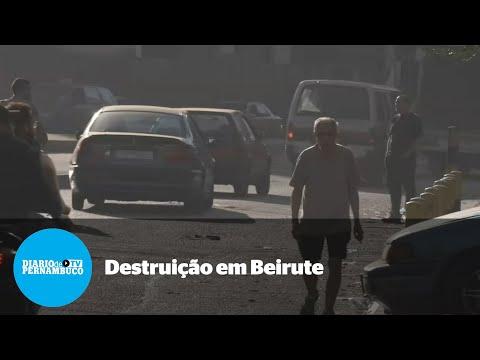 Cenário de destruição apos tiroteios em Beirute