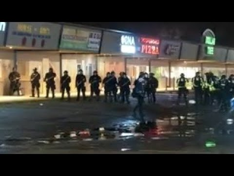 Police Clash With Daunte Wright Protesters For 3rd Night