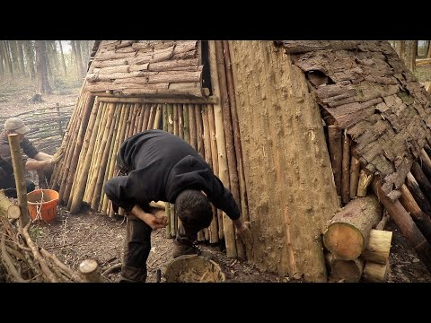 Viking Camp: Overnight in the Viking House - Clay Walls, Smoked Fish - Bushcraft Project (PART 10)