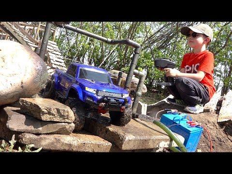 WE INVENTED a TRUCK-WASH on the Muddy Backyard Trail 4X4  Course!   RC ADVENTURES - UCxcjVHL-2o3D6Q9esu05a1Q