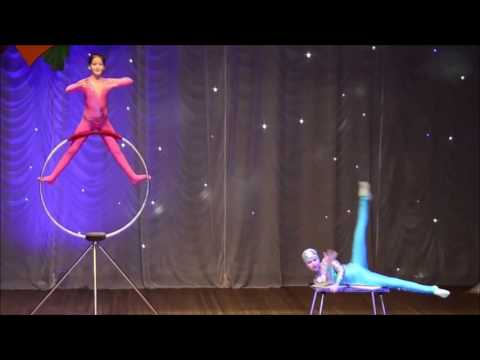 Contortion Contest: Trio Nomination