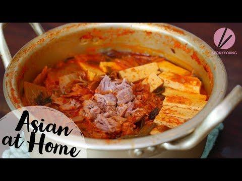 Tuna Kimchi Jjigae (Stew) - UCIvA9ZGeoR6CH2e0DZtvxzw