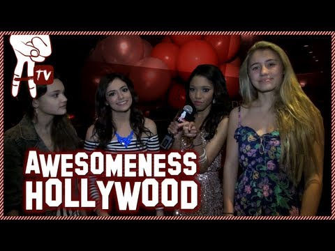 macbarbie07 and Olivia Holt Hanging Out at Teala Dunn's 16th Birthday Party! - Awesomeness Hollywood - UCWljxewHlJE3M7U_6_zFNyA