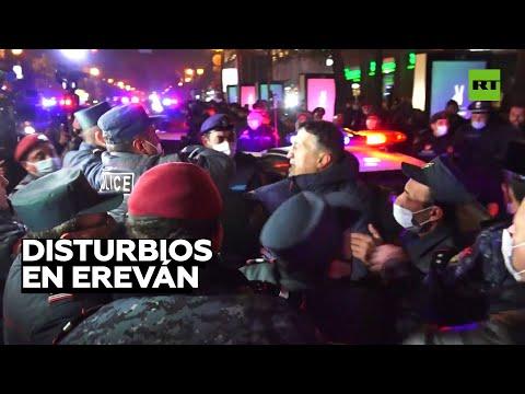 Protesta en Ereván para exigir la dimisión del primer ministro de Armenia