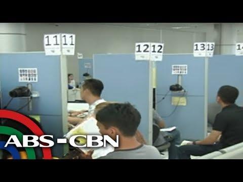 Ilang Pinoy nangangamba sa pagkakatangay sa passport data