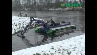 BERKY Amphibious boat type 6480, BERKY Amphibienboot Typ