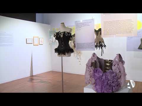 La exposición (in)Visible libera el cuerpo femenino a través de la historia de la moda